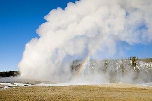 Old Faithful geyser 698